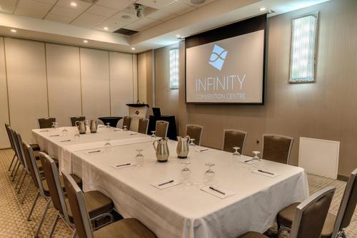 Infinity-1044